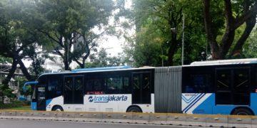 Bus Transjakarta bermerk Zhongtong yang Dioperasikan oleh Perum PPD.